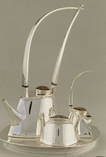 Renwick Gallery, Smithsonian Museum tea set By Banner